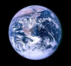 643px-The_Blue_Marble_4463x4163